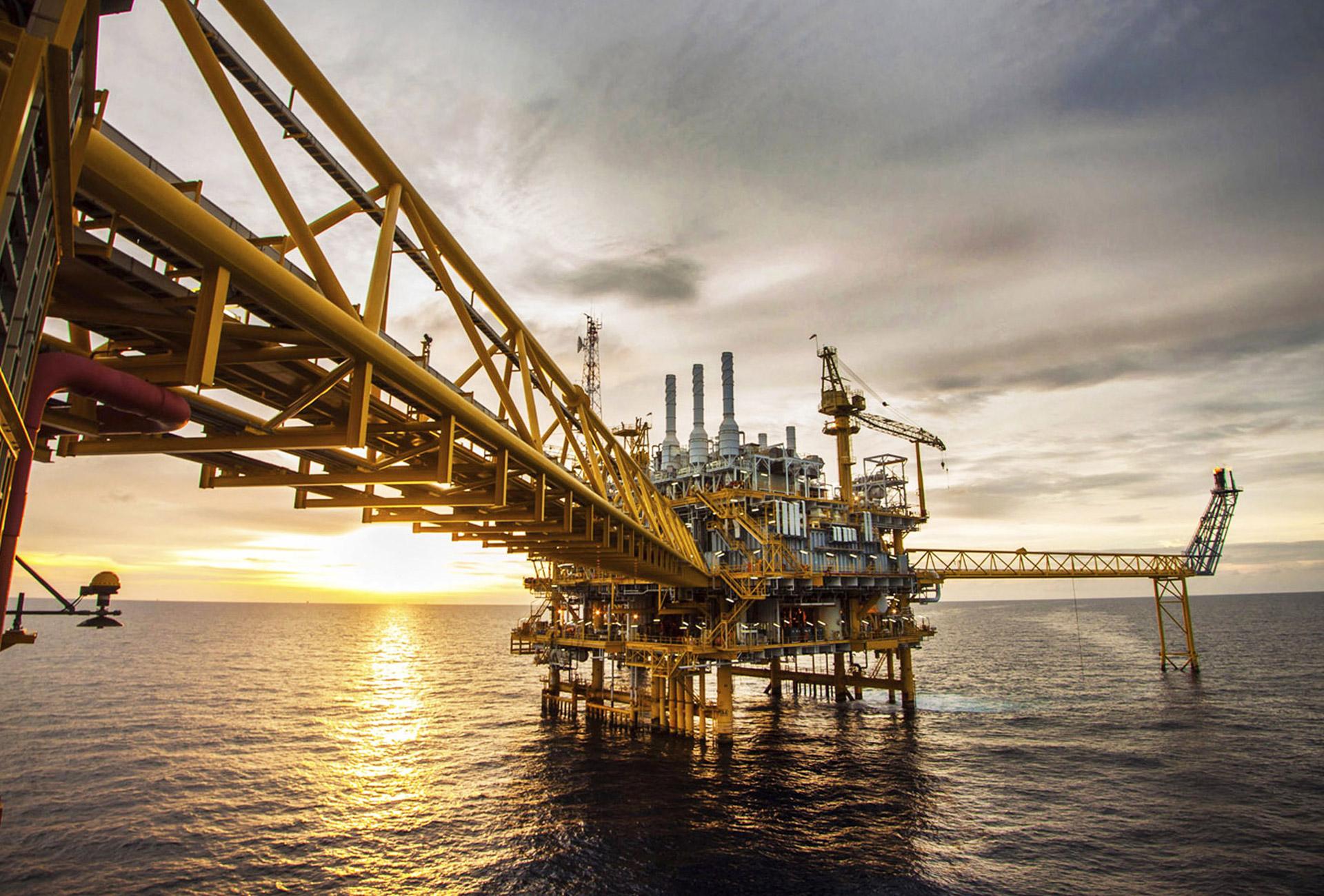 Refined Petroleum - ALIA OIL TRADING